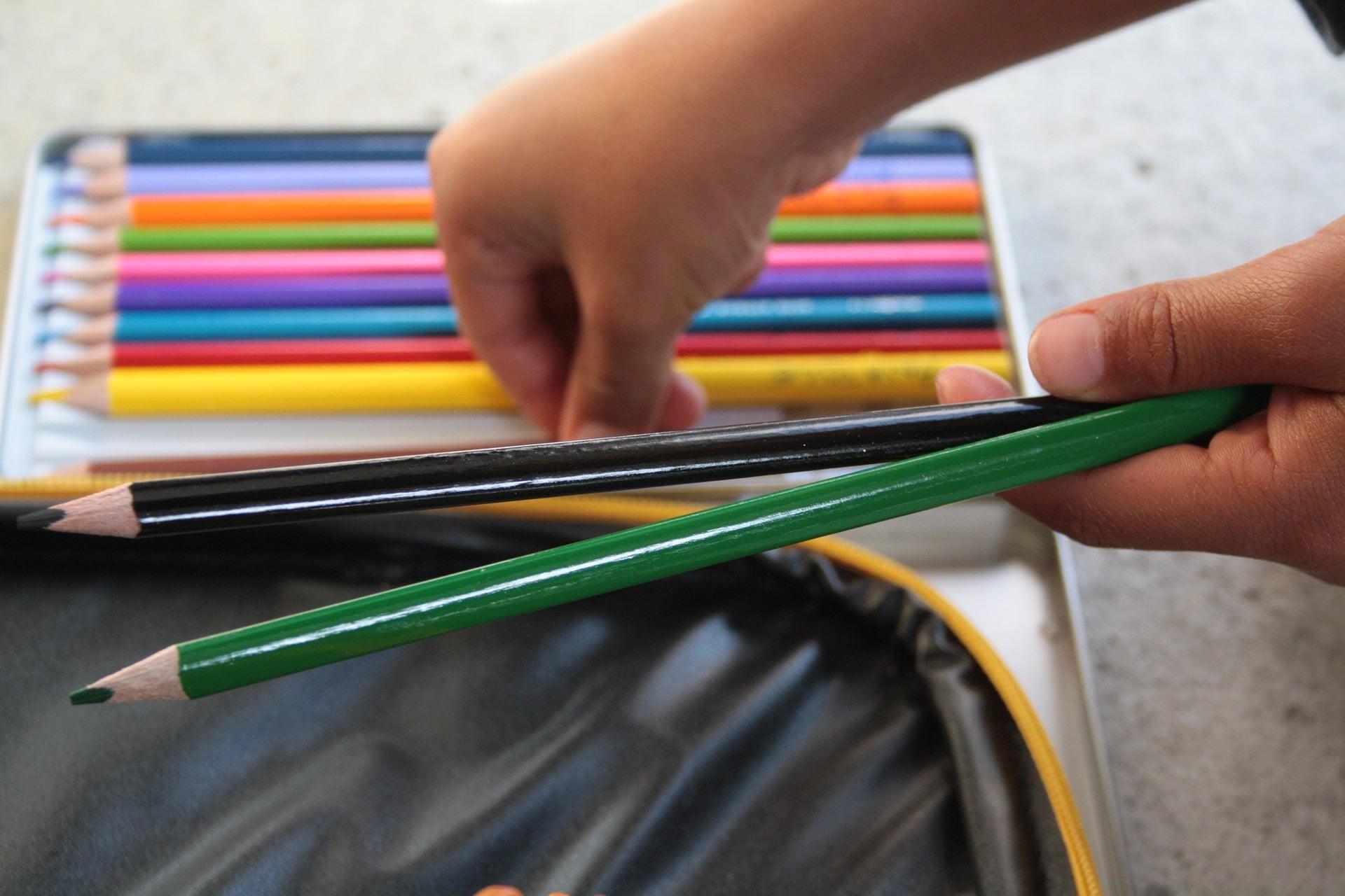 crayon rentrée scolaire enfant