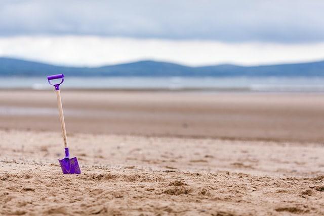 5 idées d'activités à la plage avec vos enfants